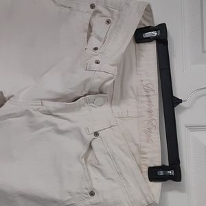 Zipper button off white jeans